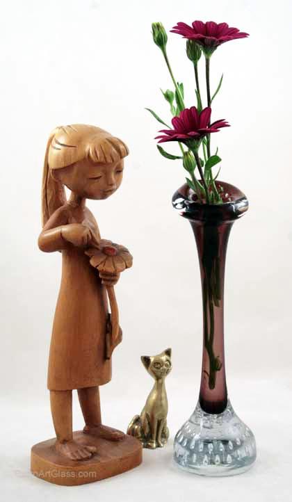 Swedish Modern Retro Glass Bone Vase In Purple Amethyst Retro Art