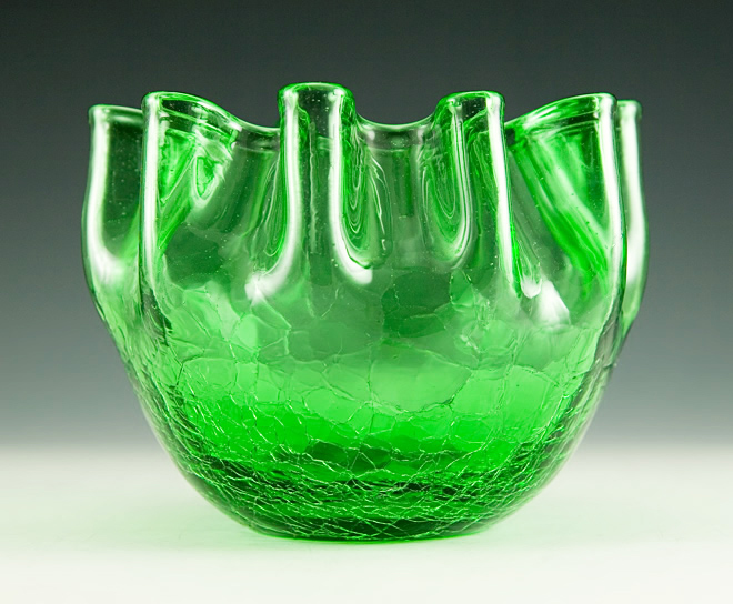 Hand-blown crackle glass vase with crimped ruffles perfect for flower arranging. By mid-century American glassmaker Pilgrim Art Glass, circa 1960's - 1970's.