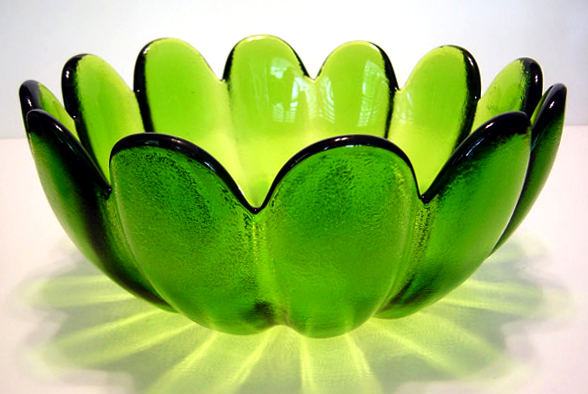 Large serving flower petal bowl by Indiana Glass.